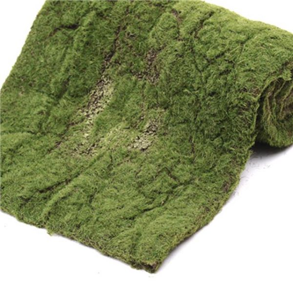picture of a green artificial moss roll