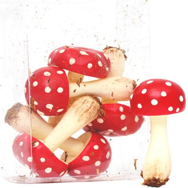artificial-mushrooms-pick-red-and-white