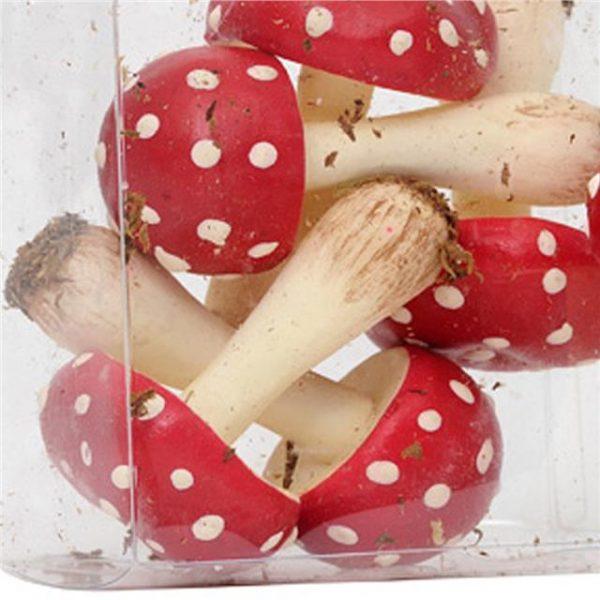 artificial-mushrooms-pick-red