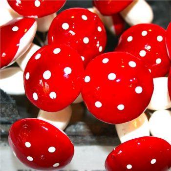 artificial mushrooms pick