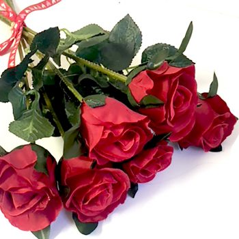 artificial rose bunch of 6 flowers
