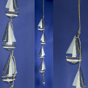 boat garland with blue and white wooden yacht decorations