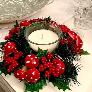 Mushroom and Winter Berry Candle Ring