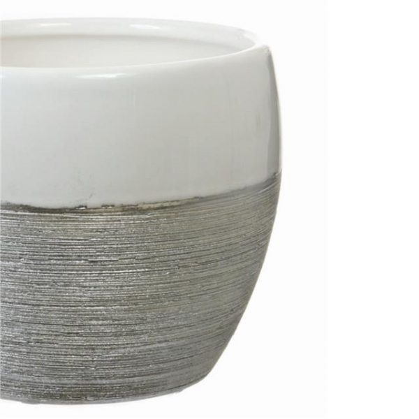 https://shared1.ad-lister.co.uk/UserImages/7eb3717d-facc-4913-a2f0-28552d58320f/Img/artificialpo/14cm-Ceramic-Pot-white-and-silver.jpg