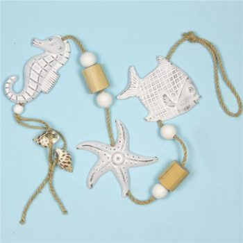 https://shared1.ad-lister.co.uk/UserImages/7eb3717d-facc-4913-a2f0-28552d58320f/Img/artificialga/Seaside-Nautical-Starfish-Fish-and-Seahorse-Garland.jpg