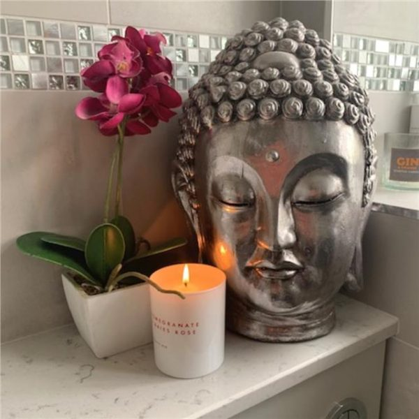 https://shared1.ad-lister.co.uk/UserImages/7eb3717d-facc-4913-a2f0-28552d58320f/Img/candles/Ceramic-Buddha-Head-in-Silver.jpg