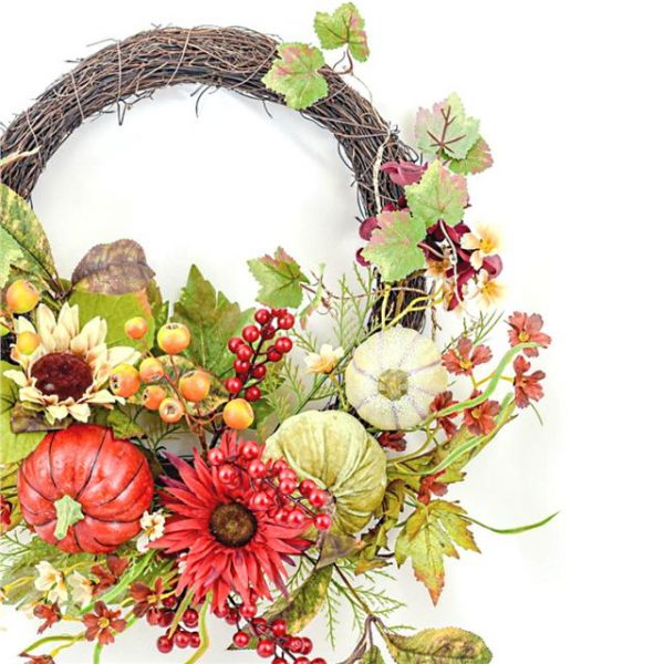 https://shared1.ad-lister.co.uk/UserImages/7eb3717d-facc-4913-a2f0-28552d58320f/Img/autumnfoliag/Artificial-Pumpkin-Vine-Wreath-with-Berries-55cm.jpg